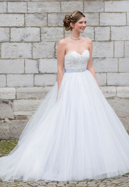 cairo-bridal-star